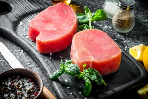 Gelsvauodegio tuno filė gabalai, glazūruoti, ~10 kg, šaldyta