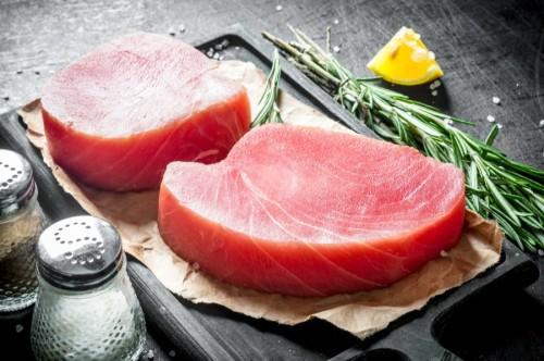 "Gelsvauodegio tuno filė ""Sashimi"", glazūruota, ~1 kg, šaldyta"